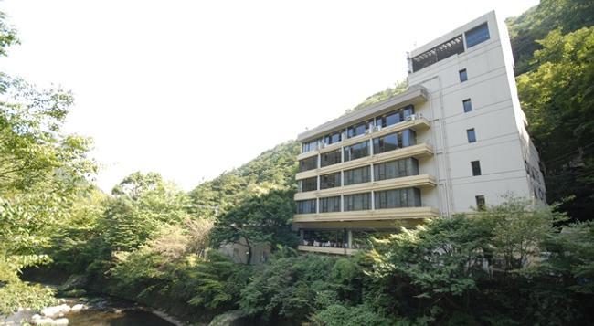 塔ノ沢 キャトルセゾン - 箱根町 - 建物
