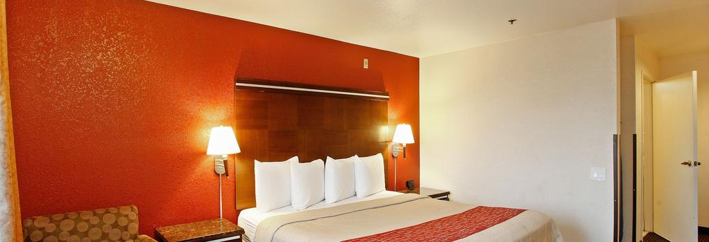 Red Roof Inn Ontario Airport - オンタリオ - 寝室