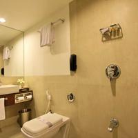 Hotel Express Residency Bathroom