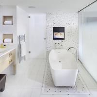 マンダリン オリエンタル パリ Deluxe Suite Bathroom