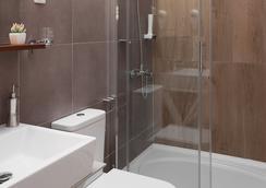 ロンドン ベッド & ブレックファースト - スコピエ - 浴室