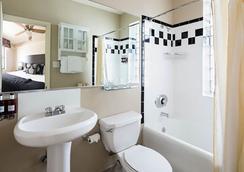 シティー スイーツ ホテル - シカゴ - 浴室