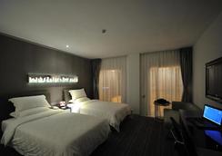 Kingtown Hotel - 重慶 - 寝室