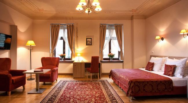 ホテル サンティ - クラクフ - 寝室