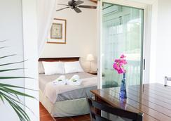 Two Sandals by the Sea Inn - B&B - セント・トーマス島 - 寝室