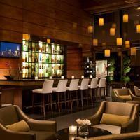 ミレニアム ヒルトン Hotel Bar