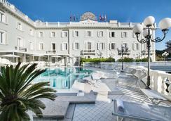 グランド ホテル デ バン - リッチョーネ - プール