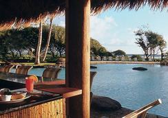 2417 @ Oceanfront Kauai Beach Resort, Lihue - リフエ - プール