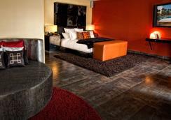 HRH Tower at Hard Rock Hotel & Casino - ラスベガス - 寝室
