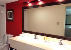 The Godfrey Hotel & Cabanas Tampa - タンパ - 浴室