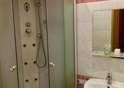 Hotel Mari - サンクトペテルブルク - 浴室