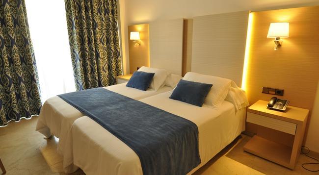 Hotel Ipanema Park - エル・アレナル - 寝室