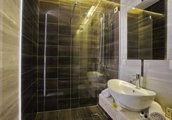 Hotel Theater - ベオグラード - 浴室