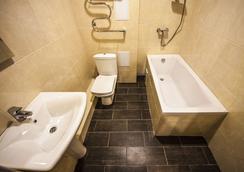 Hotel Pelikan - クラスノダール - 浴室
