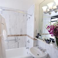 ウィンドハム ニューヨーカー ホテル Bathroom