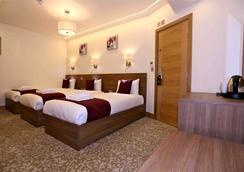 ロンドン キングス ホテル - ロンドン - 寝室