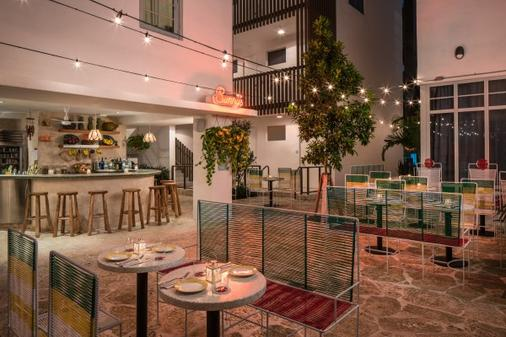 The Hall South Beach - マイアミ・ビーチ - レストラン