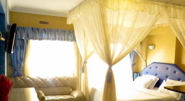 Delta Hotel - ナイロビ - 寝室