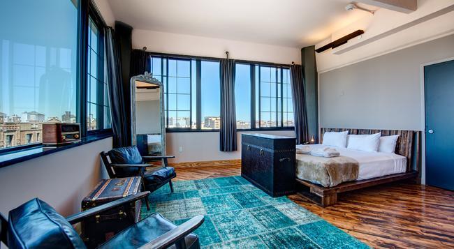 ペーパー ファクトリー ホテル - クイーンズ - 寝室