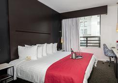 O ホテル - ロサンゼルス - 寝室