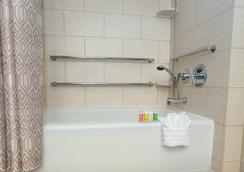 Disney's Polynesian Resort - レイク・ブエナ・ビスタ - 浴室