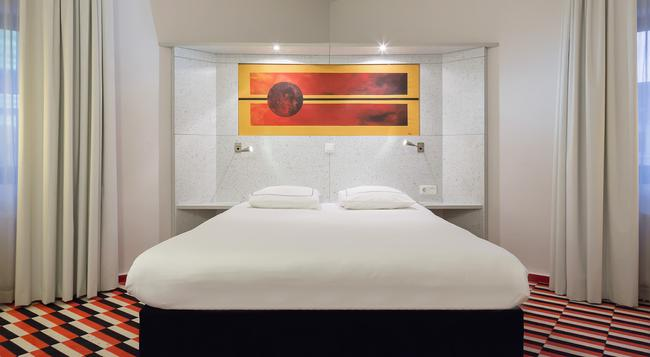 Hampshire Hotel - City Hengelo - ヘンゲロ - 寝室
