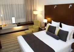 アヴァリ ドバイ ホテル - ドバイ - 寝室