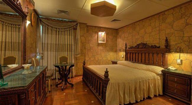 Hotel Days Inn - カラチ - 寝室