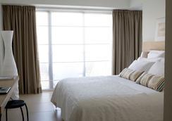 センティド サンディ ビーチ ホテル & スパ - ラルナカ - 寝室