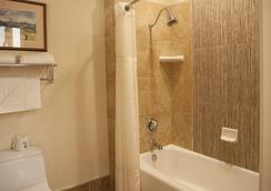 エル ボニータ モーテル - セントヘレナ - 浴室