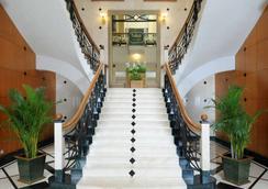 ジ オーキッド アン エコテル ホテル - ムンバイ - ロビー