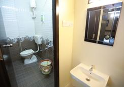 S4 Residency - チェンナイ - 浴室