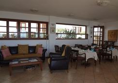 Amazones Village Suites - ヘルソニソス - ロビー