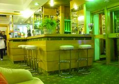 ホテル パヴィア - ローマ - バー