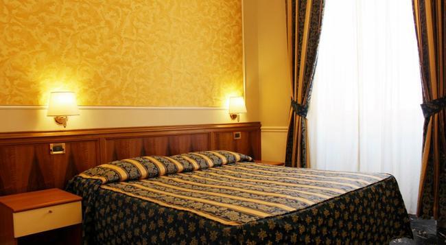 ホテル ミラッゾ ローマ - ローマ - 寝室