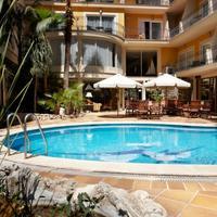 ホテル サラトガ Piscina exterior planta baja