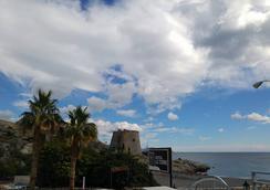 Hostal La Torre - Almuñecar - ビーチ