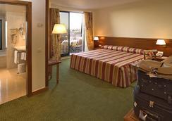 ホテル レアル パルケ - リスボン - 寝室