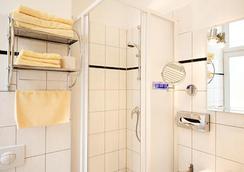 エアランガー ホフ - ベルリン - 浴室
