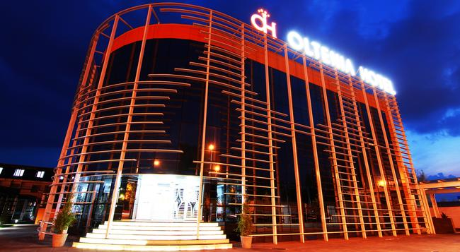Oltenia Hotel - クラヨーヴァ - 建物