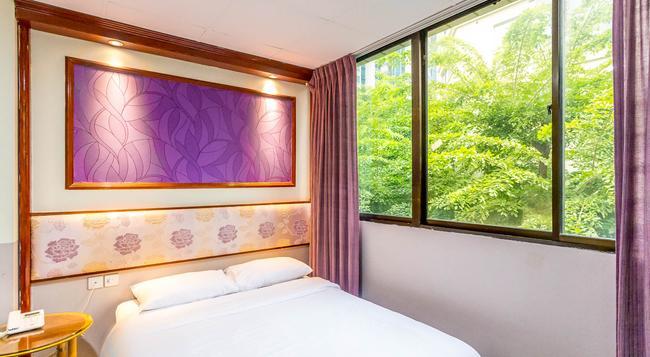 Hotel 165 - シンガポール - 寝室