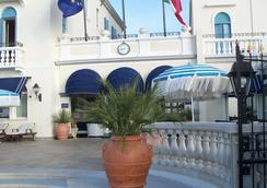 Hotel Casa Bianca al Mare - イェーゾロ - ビーチ