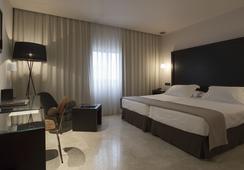 ホテル フェルナンド III - セビリア - 寝室