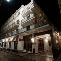 ホテル フェルナンド III Hotel Front - Evening/Night