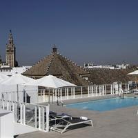 ホテル フェルナンド III Rooftop Pool
