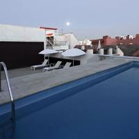 ホテル レイ アルフォンソ X Rooftop Pool