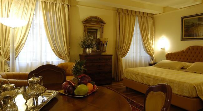 Hotel Noblesse - ルッカ - 寝室