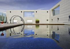 ホテル アルフォンソ - サラゴサ - プール
