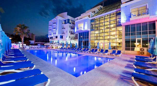 シーライフ ファミリー リゾート ホテル - アンタルヤ - 建物