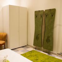 Chambres du Monde Guestroom